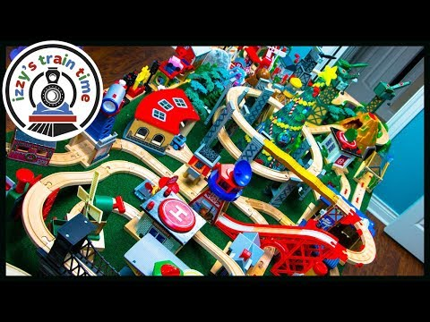 Thomas and Friends DAD VS MOM AND BUBS! Fun Toy Trains for Kids!