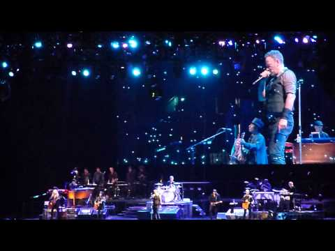 Bruce Springsteen - My Hometown (Stockholm, May 11, 2013)