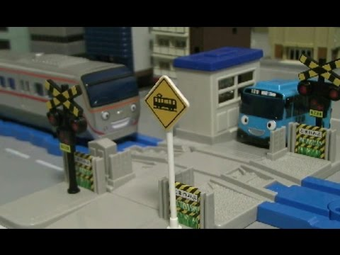 Tayo The Little Bus Toys Railroad 타요 장난감 건널목놀이