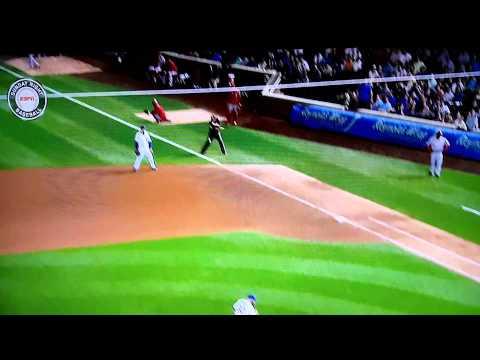 Aroldis Chapman hits First Base Umpire from Wrigley Field bullpen