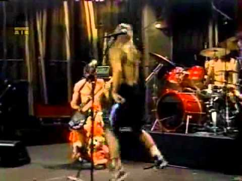 Red Hot Chili Peppers - Sexy Mexican Maid Live