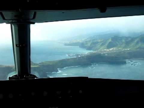 Madeira Funchal A320 cockpit landing