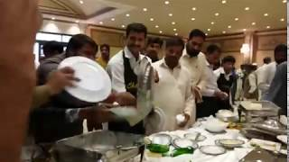 How Pakistani Fight at eating wedding food in Marriage hall | Lahore