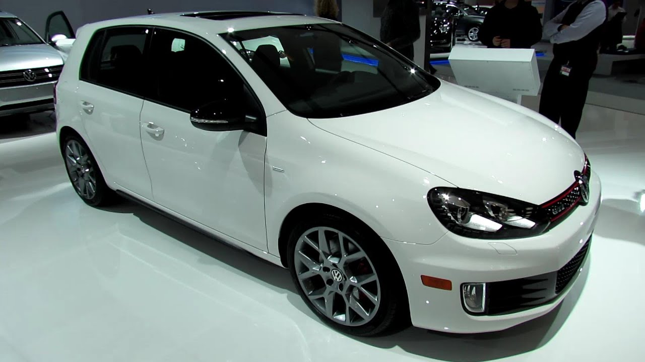 2013 volkswagen golf gti wolfsburg edition exterior interior walkaround 2013 montreal auto. Black Bedroom Furniture Sets. Home Design Ideas