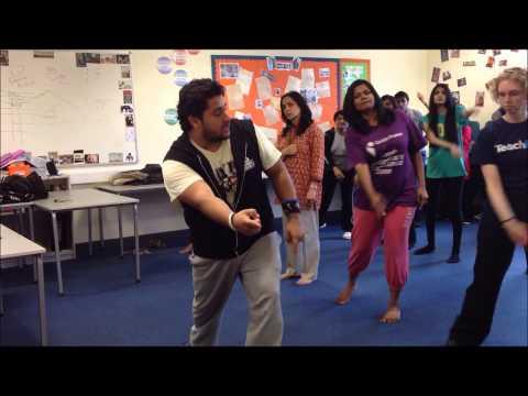 Tutorial - Badtameez Dil video