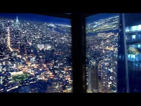 Fahrt im Aufzug des One World Observatory während einer USA Reise
