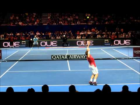 Roger Federer vs Stan Wawrinka | IPTL 2015 | Court Level View