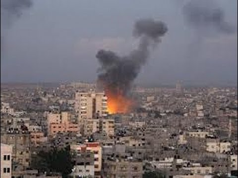 Israel Hits Gaza Targets as Air Strike Kills Hamas Leader