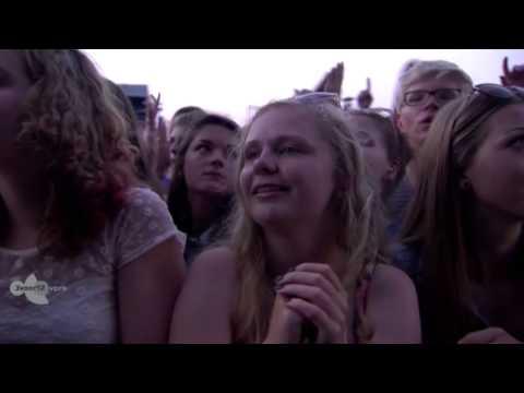 Download Arctic Monkeys - Arabella, I Bet You.., R U Mine - Pinkpop 2014 HD Mp4 baru
