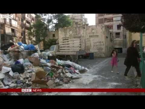 Week of rubbish piles up in sweltering Beirut
