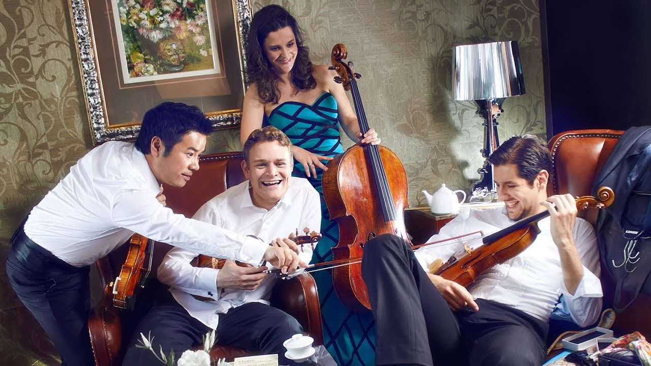 Stradivari-Quartett - Weihnachtsrosen