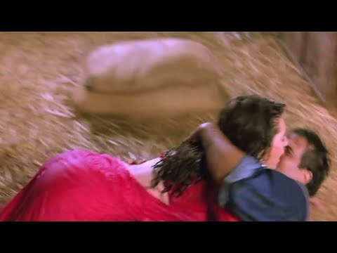 Karishma Kapoor hot big bum & wet assets exposed thumbnail