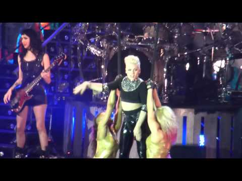 Pink The Truth About Love Tour Frankfurt Raise Your Glass