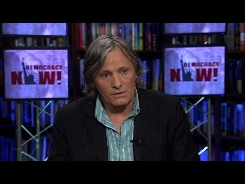 Acclaimed Actor Viggo Mortensen on the Pope, Poetry and Art in Politics