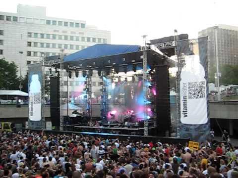 DUBFIRE mixes live in DETROIT, 5-30-2011