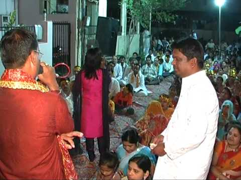 Gujrati Geet-maro Helo Sambhdo Ji Live By Priti Nayak Srt-09825905828 video