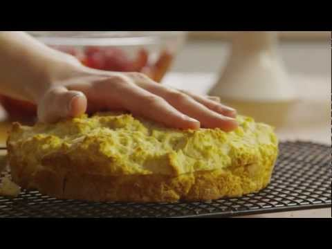 How to Make Classic Strawberry Shortcake