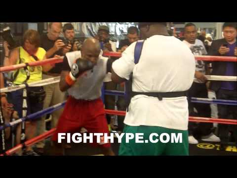 FLOYD MAYWEATHER SHOWS OFF HIS DEFENSIVE SKILLS DURING MEDIA WORKOUT FOR MARCOS MAIDANA FIGHT