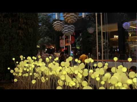 2013 Central World Shopping Mall Bangkok Thailand – Full HD