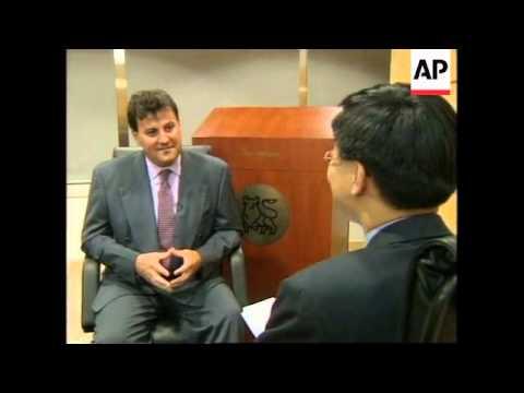 HONG KONG: HANG SENG INDEX SHEDS 2.5 PER CENT