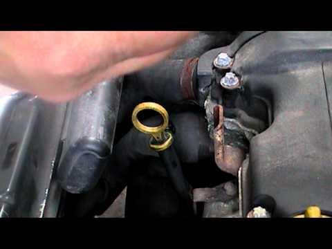 Замена масла в двигателе Opel Corsa C. Видео.