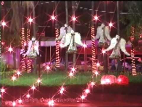 Decoração de Natal enfeita toda a cidade de Ituiutaba