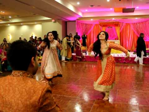 THE BEST PITHI DANCE EVER! (2 OF 3) FARIHA & MALIKS WEDDING!