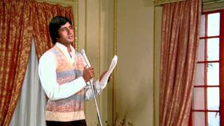 Main Pal Do Pal Ka Shayar Hoon (Eng Sub) [Full Video Song] (HD) With Lyrics - Kabhie Kabhie