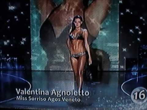 Valentina Agnoletto,Miss Sorriso Agos Veneto,at Miss Italia 2009.Hot Bikini Catwalks