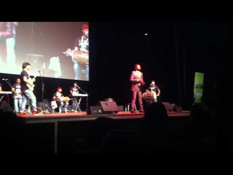 Amrinder Gill Live Melbourne 2012 Ki Samjhaiye video