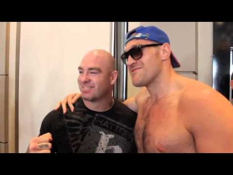 TYSON FURY & LUCAS 'BIG DADDY' BROWNE DISCUSS ALEXANDER USTINOV @ PRESS CONFERENCE klip izle