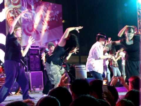 Thrill the World 2009 Bangkok, Thailand – SAT nite @ centralWorld