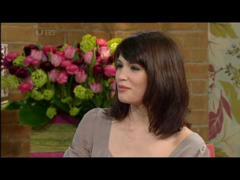 Gemma Arterton & Holly Willoughby Black Pantyhose