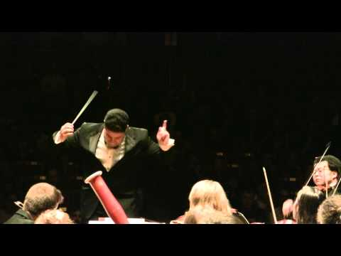 Dvorak - New World Symphony - 3rd Movement - Tito Muoz/NEC Philharmonia