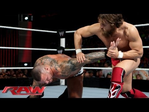 Raw - Daniel Bryan vs. Randy Orton - No Disqualification Match: Raw, June 17, 2013