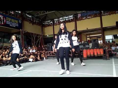 Dance campuran 👭