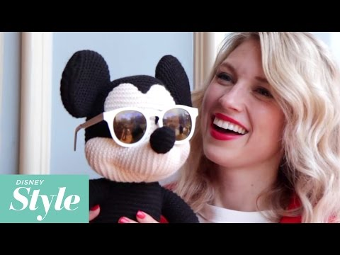 Behind the Scenes of a Disneyland Photo Shoot | Disney Style