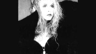 Watch Stevie Nicks Docklands video