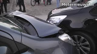 Auto''s botsen in Zwartemeer