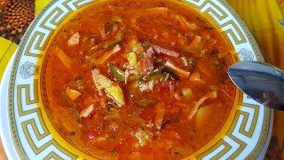 Рассольник классический с колбасой, цыганка готовит. Gipsy cuisine.