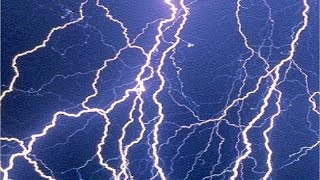 WARNING :  EXTREMELY LOUD Lightning Strike (Crack)