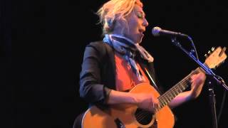 Watch Martha Wainwright Tower Song video