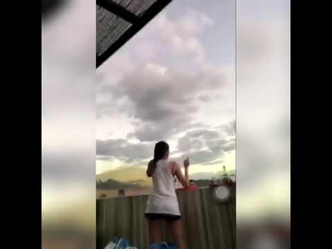 Liza Soberano Hulicam Kumekembot 😀😍
