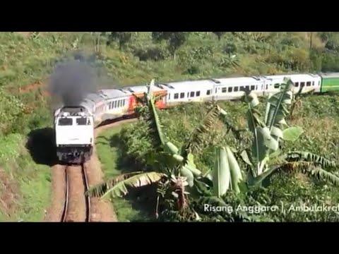Jalan-Jalan Lihat Kereta Api di Lebakjero