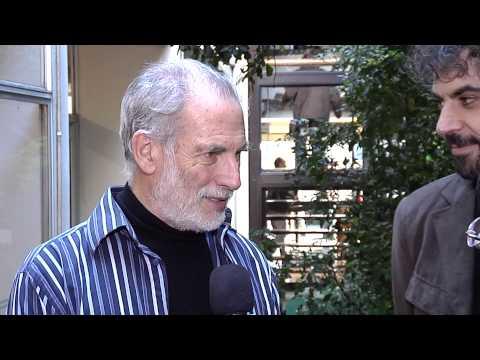 Álvaro Brechner y Héctor Noguera presentan Mr.Kaplan en Canal 10.