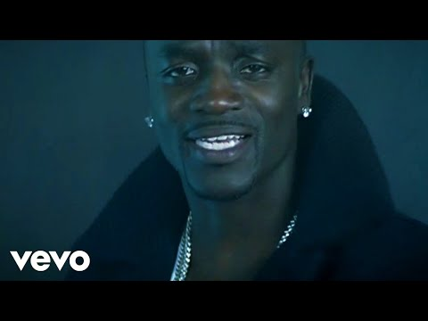 Akon - Smack That ft. Eminem