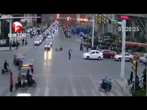 Drunk Driver Smashes Bicycle Rider, Then Takes Down Traffic Cop | Liveleak , Bbc, Antv video