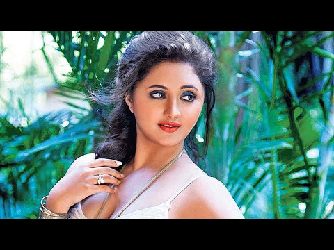 Tv Actress Rashmi Desai Romanced Her B**bs! video