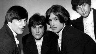 Watch Kinks Shes Got Everything video