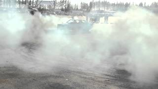 Mercedes-Benz 190D OM603 Turbo diesel burnout